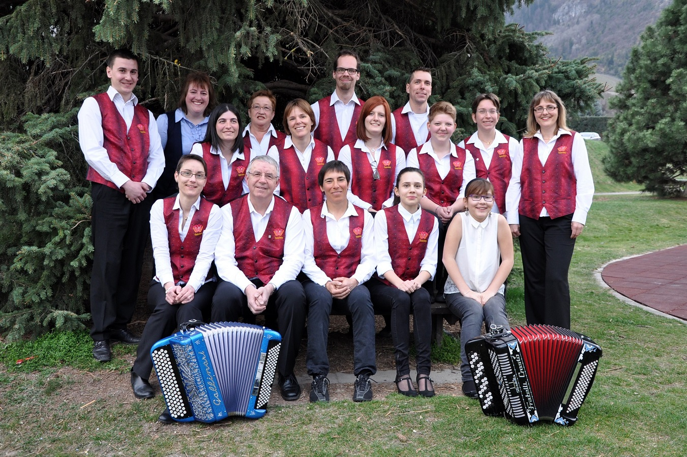 Photo de groupe accordeonistes de chalais